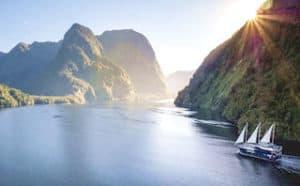 Doubtful Sound Fjorde Neuseeland urlaub Naturreise gefürte deutsch Touren Gruppenreise 3 wochen mietwagenreise selbstfahrer spezialist honeymoon luxusurlaub individualreise neuseelandurlaub