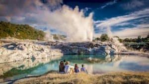 Rotorua heisse quellen geysir maori rundreise neuseeland urlaub geführt deutsch gruppenreise kleingruppentour privatrundrundreise luxusreise individualurlaub mietwagen neuseelandurlaub