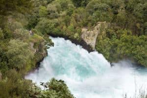 Taupo Neuseeland Reise Huka Falls Kleingruppenreise Mietwagenreise geführte Pirvatrundreise Neuseeland Urlaub individuell Hochzeitsreise