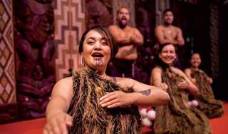 neuseeland rundreise maori kultur reisen mietwagen rundreise gruppenreisen deutsch geführt reiseveranstalter neuseelandurlaub