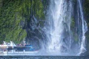 neuseeland mirlford sound kleine gruppe reisen neuseelandurlaub mietwagen rundreisen selbstfahrer luxusreise neuseelanspezialist