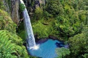 neuseeland rundreise aktivurlaub wandern naturerlebnis wasserfälle neuseelandurlaub rundreisen mietwagen gruppenreise
